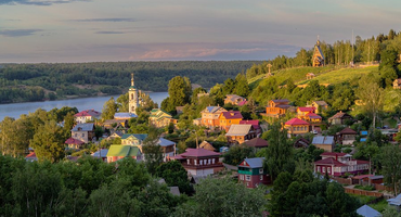 Лучшие малые города России для весенних путешествий